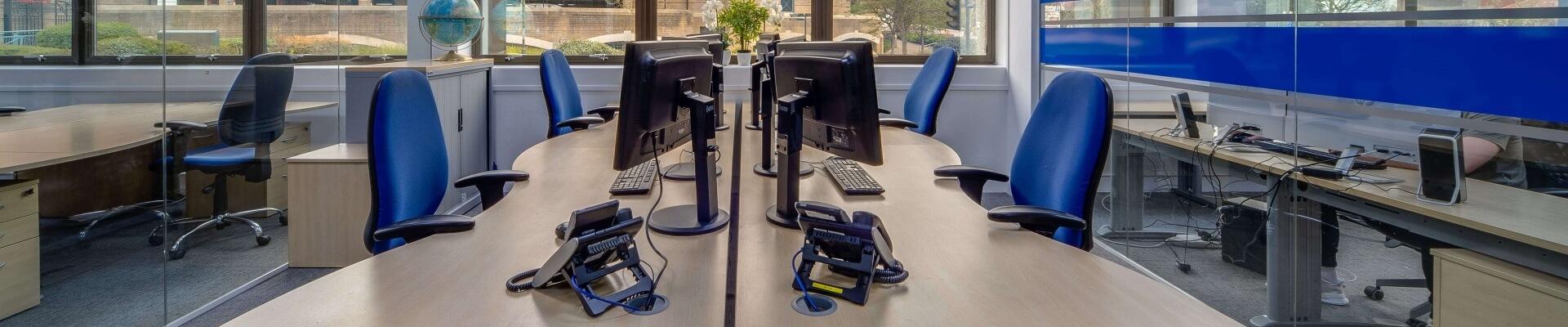 Desk-team-our-story