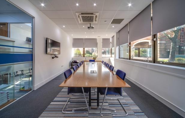 Desk Team | Office-room-hire